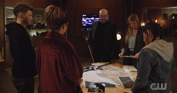 """Legends Of Tomorrow Season 6 Episode 4 """"Bay Of Squid"""" Review"""